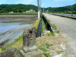 路傍の石仏.jpg